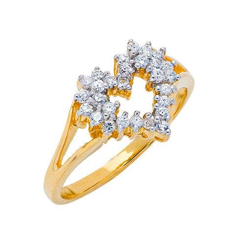 Womens 10K Gold 1/4 CT.T.W. Diamond Heart-Shaped Fashion Ring